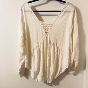 Free People White Long Sleeve Front Pockets Blouse